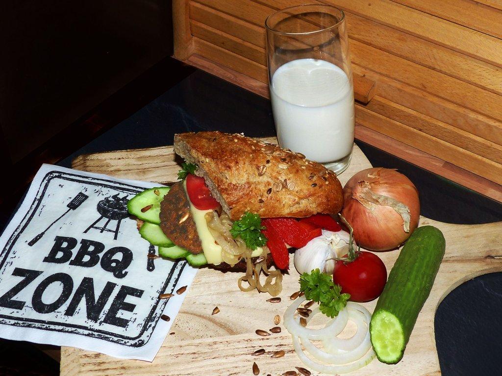 01 Veggie-Burger.jpg